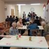 """Wolontariusze Szkoły Podstawowej nr 1 grali w """"Bingo"""" w Domu Pomocy Społecznej w Malborku"""