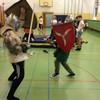 Namiastka historii podczas lekcji wychowania fizycznego w Szkole Podstawowej nr 2
