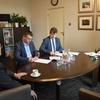 Pozdpisanie umowy na termomodernizację MMM