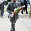 1 sierpnia - złożenie kwiatów